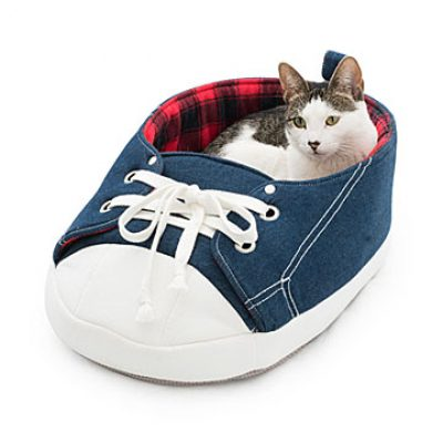 Sneaker Pet Bed
